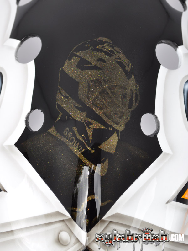 <p>A portrait of Tom Barrasso on top of the mask.</p>
